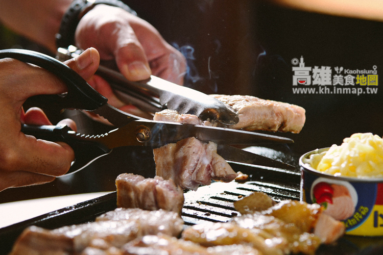 【富士山龍フジヤマドラコン(台灣高雄店)】日本跨海高雄烤肉推薦。烤雞肉、烤豬肉專賣